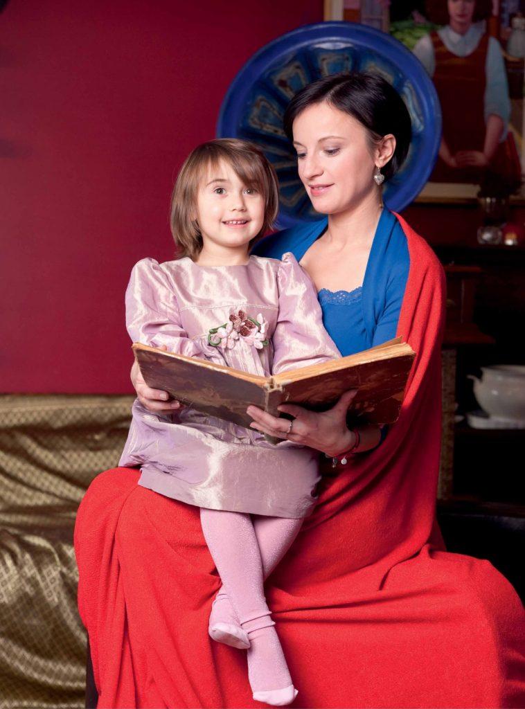 Monika Dąbrowska z córką Mają, fot. Andrzej Świetlik, dzięki uprzejmości Fundacji Rak'n'Roll
